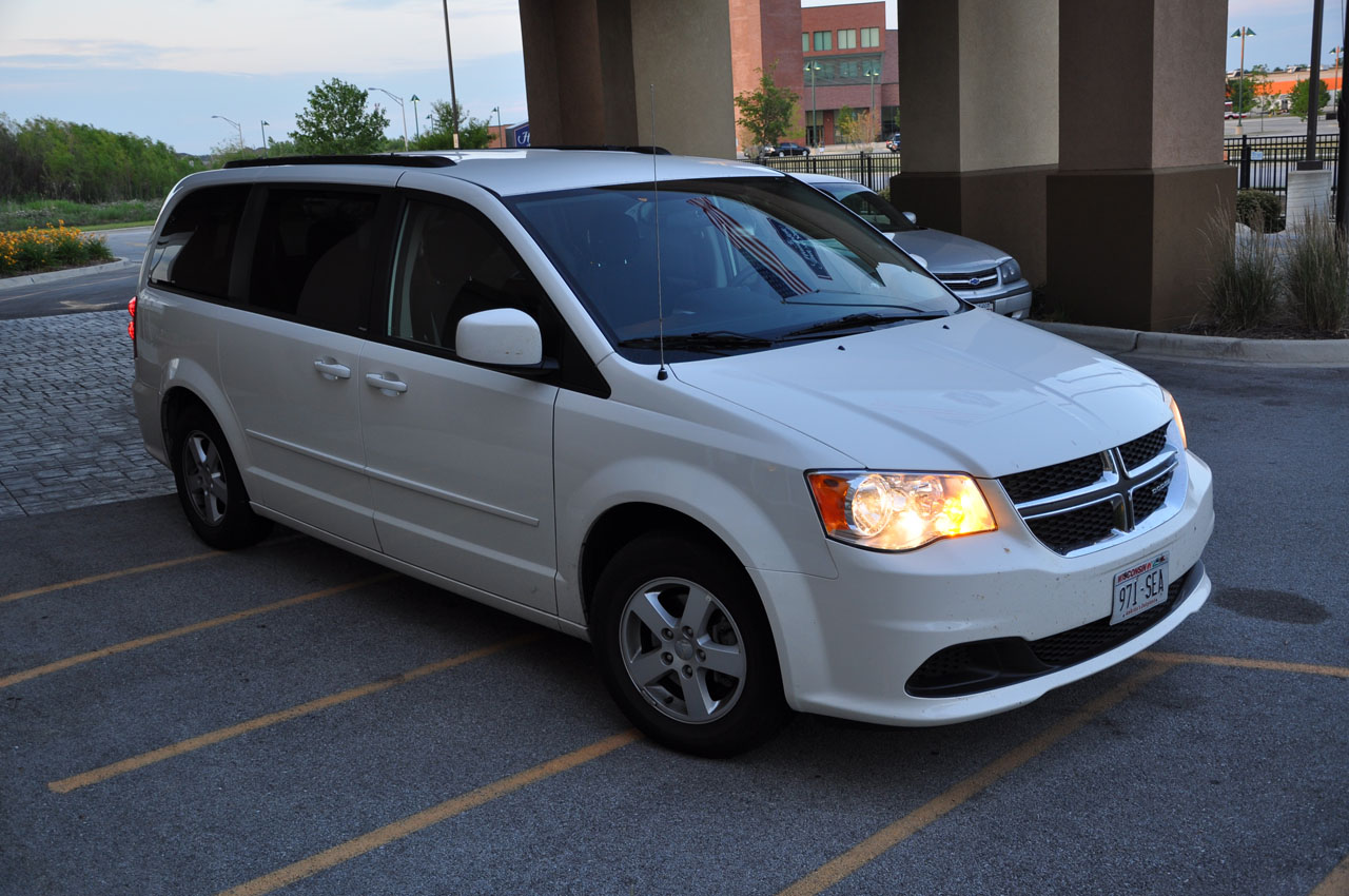 Review 2012 Dodge Grand Caravan Sxt